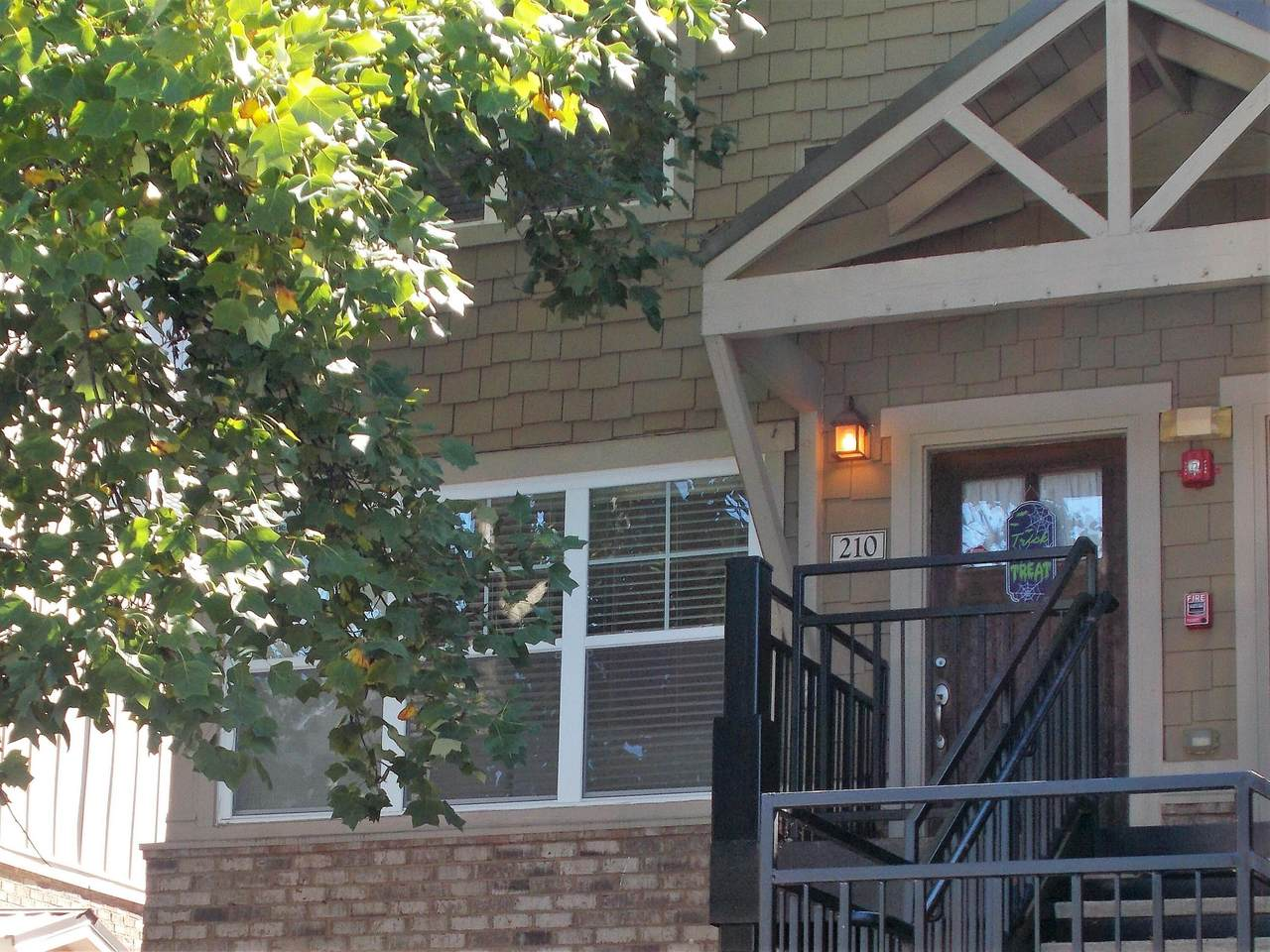 3918 Cherokee Woods Way - Photo 1