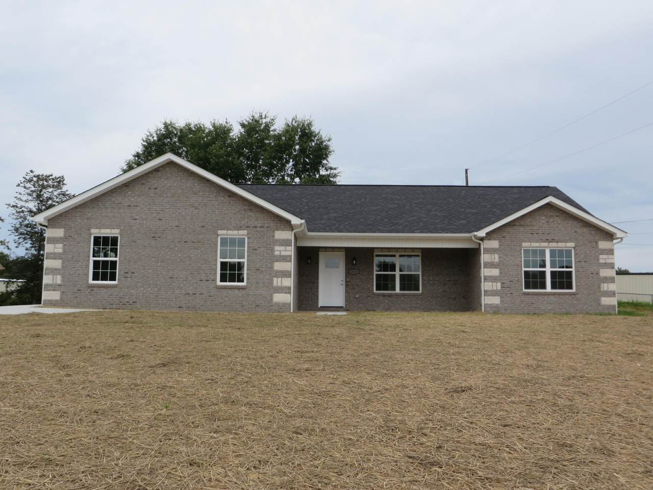 2646 Old Newport Hwy - Photo 1