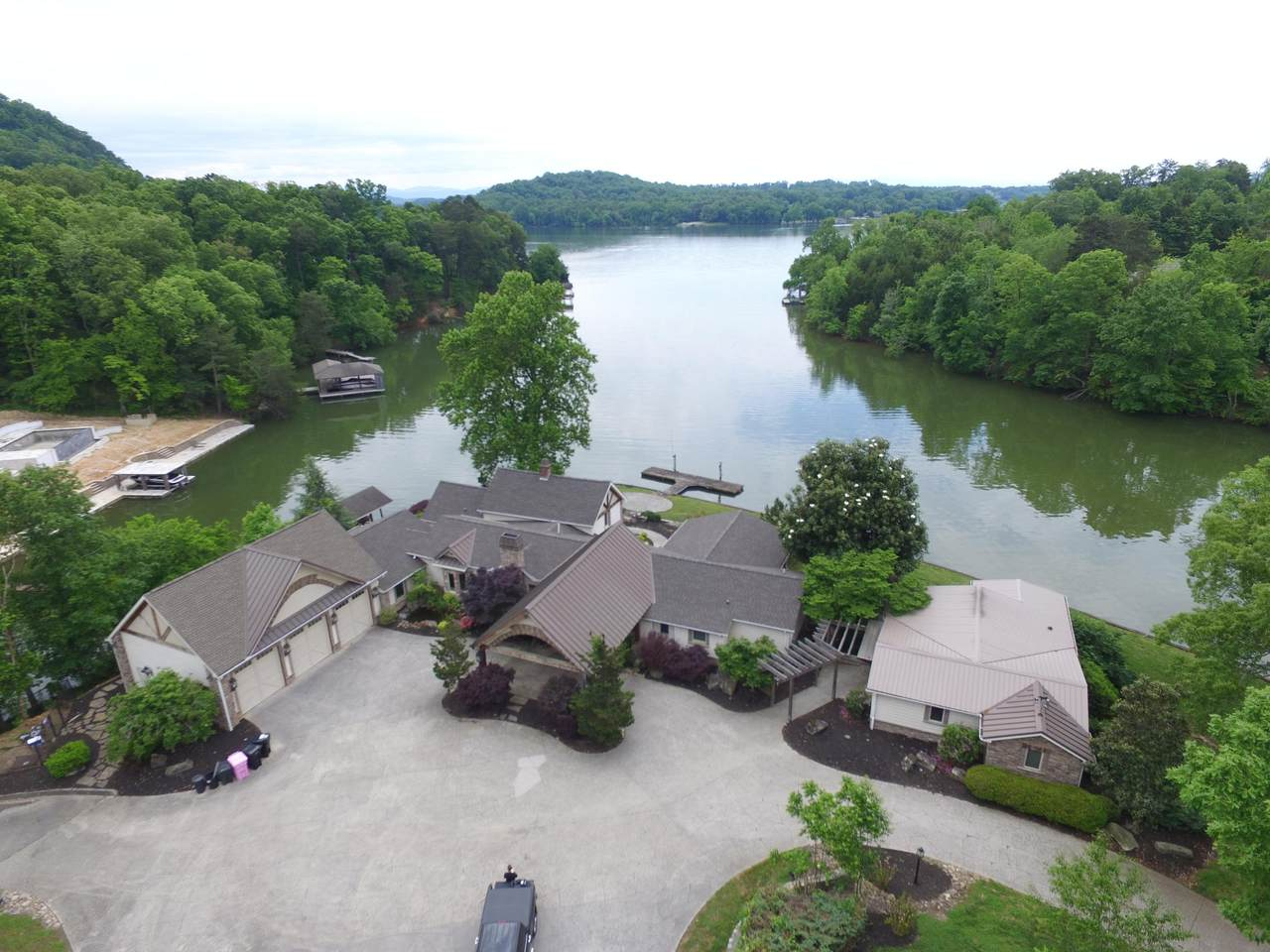 2030 Wilkerson Rd - Photo 1