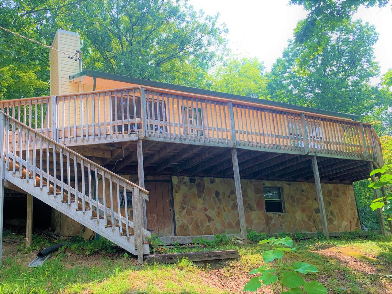 275 Graves Hollow Rd - Photo 1