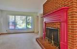 7008 Rollins Rd - Photo 10