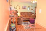 714 Lillian St - Photo 4