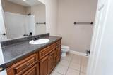 2704 Woodlawn Ave - Photo 14
