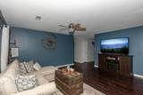 2125 Autumn Oak Circle - Photo 8