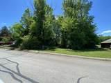 1057 Saint Johns Drive - Photo 3