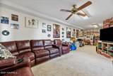 2656 Karenwood Drive - Photo 21