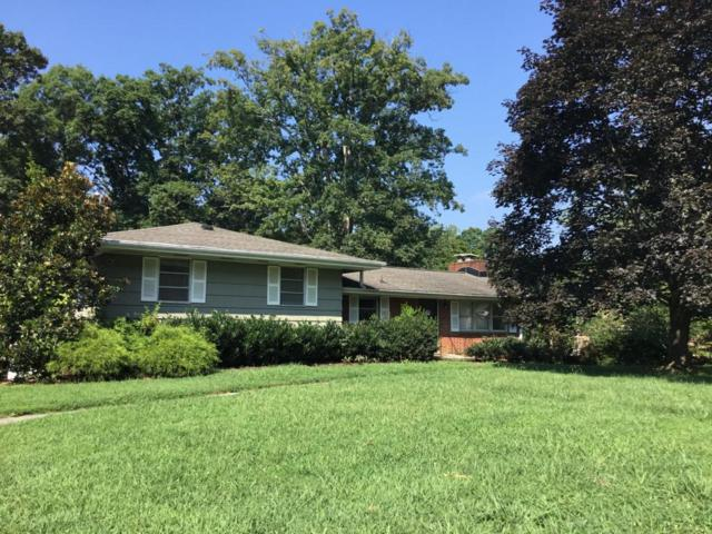 1715 Woodhaven Drive, Knoxville, TN 37914 (#1017745) :: Realty Executives Associates