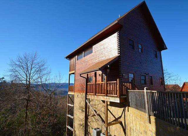 2215 Lone Eagle Drive, Sevierville, TN 37876 (#1025192) :: The Terrell Team