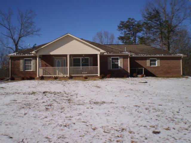 302 Laurel Rd, Crossville, TN 38555 (#1027839) :: Billy Houston Group