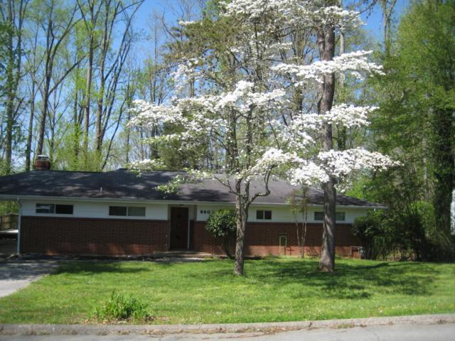 840 W West Outer Drive, Oak Ridge, TN 37830 (#1038957) :: Billy Houston Group