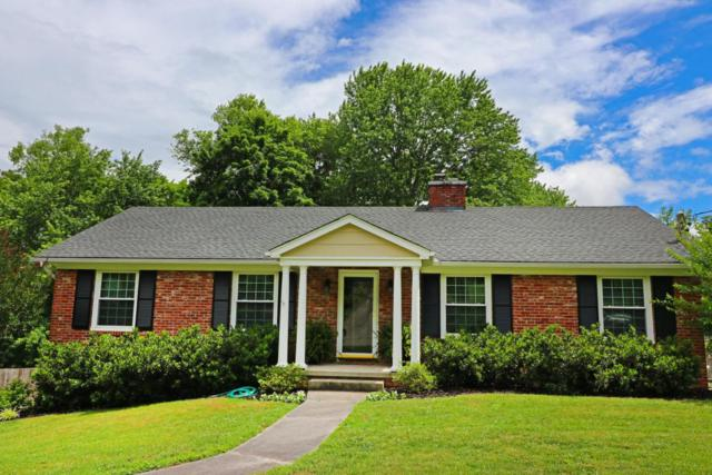 7720 Luxmore Drive, Knoxville, TN 37919 (#1043892) :: Shannon Foster Boline Group