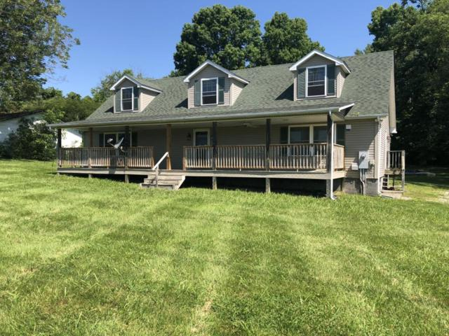 1030 S Old Sevierville Pike, Seymour, TN 37865 (#1044525) :: The Terrell Team