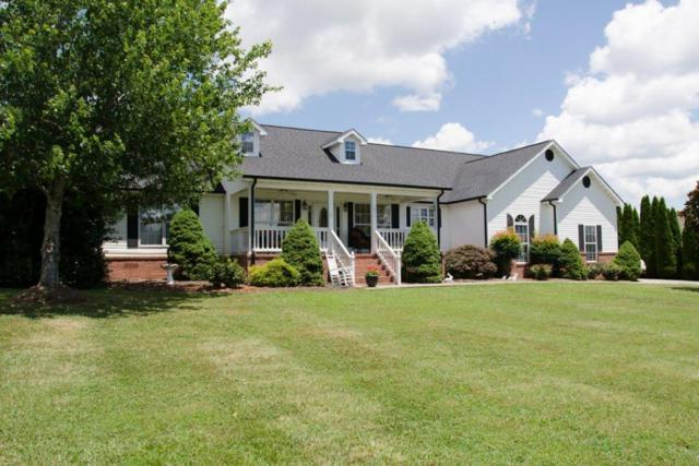 1957 Lakebrook Circle, Dandridge, TN 37725 (#1047790) :: Billy Houston Group