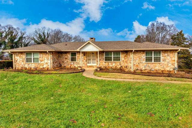 9627 Tunbridge Lane, Knoxville, TN 37922 (#1067298) :: Shannon Foster Boline Group
