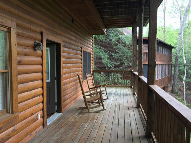 719 Golden Eagle Way, Pigeon Forge, TN 37863 (#1068990) :: Billy Houston Group