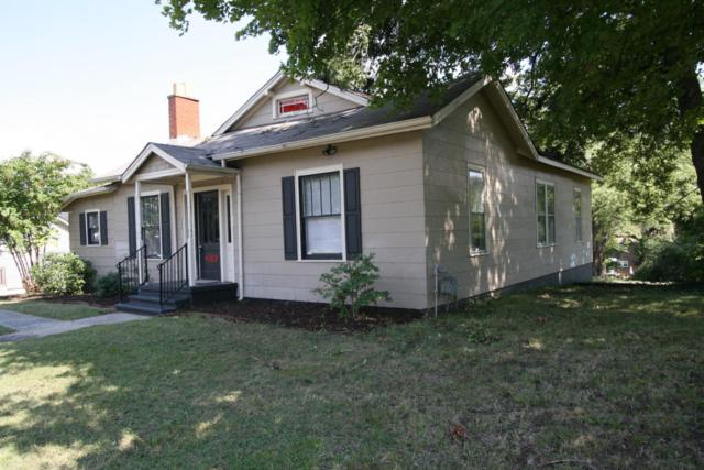 1010 W Broadway Ave, Maryville, TN 37801 (#1069030) :: Billy Houston Group