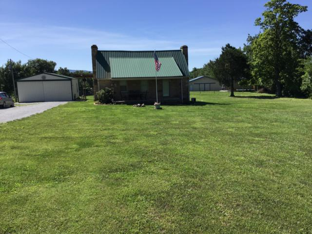 910 Highland Lane, Crossville, TN 38555 (#1084107) :: Billy Houston Group