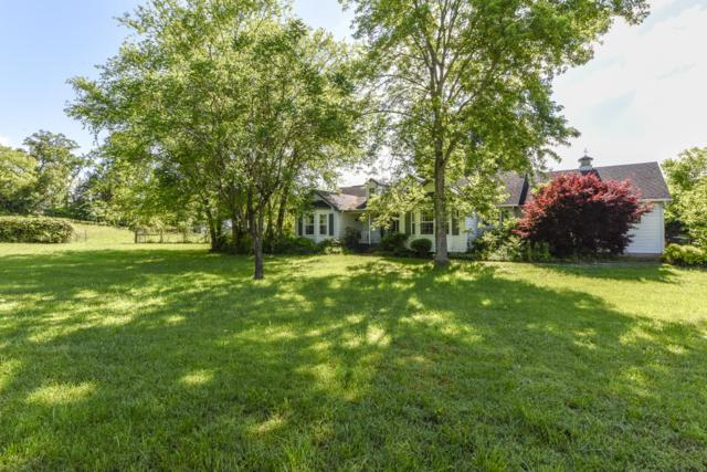 734 Clifford Russell Rd, Maryville, TN 37801 (#1084156) :: Shannon Foster Boline Group