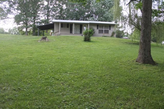 3392 Phillips Flats Rd, Oneida, TN 37841 (#1084200) :: Shannon Foster Boline Group