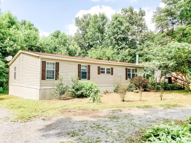 1309 Browns Creek Drive, Crossville, TN 38571 (#1090525) :: Billy Houston Group