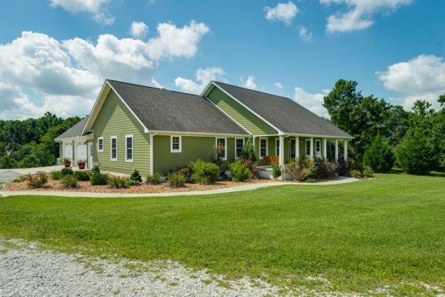 4128 Potato Farm Rd, Crossville, TN 38571 (#1090834) :: Billy Houston Group
