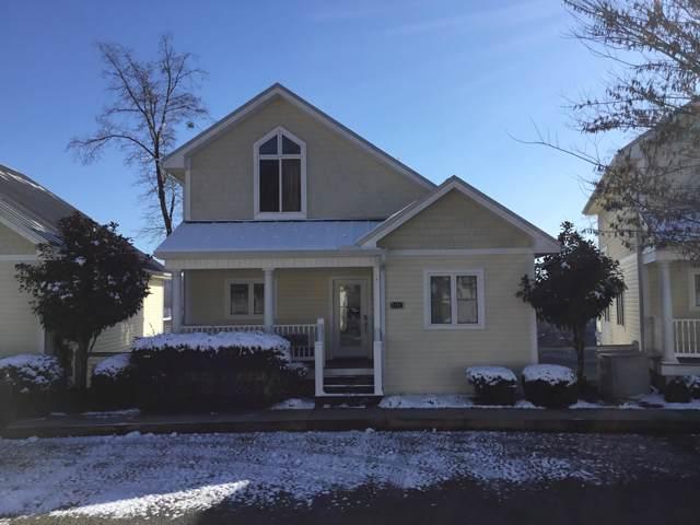 151 N Deer Village Lane, LaFollette, TN 37766 (#1102919) :: Billy Houston Group