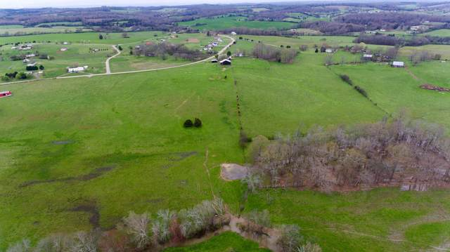 900 Oakland Rd, Sweetwater, TN 37874 (#1112122) :: Catrina Foster Group