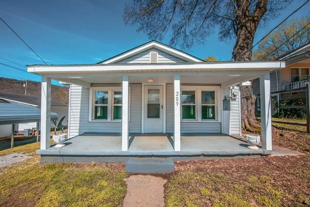 209 Devonia St, Harriman, TN 37748 (#1112545) :: Venture Real Estate Services, Inc.