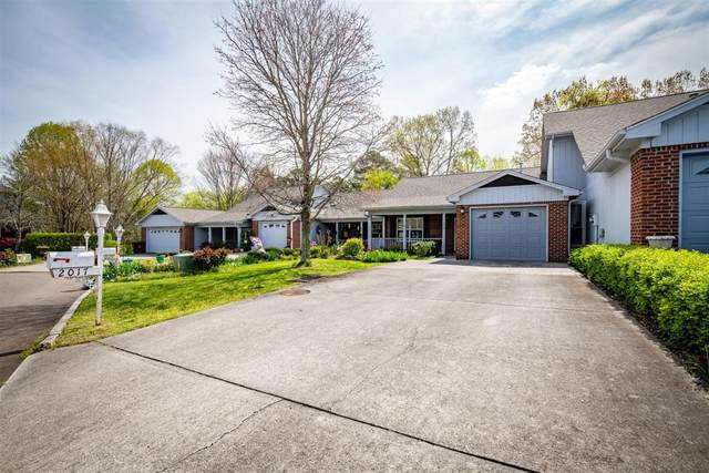 2017 Locarno Drive, Knoxville, TN 37914 (#1113051) :: Billy Houston Group