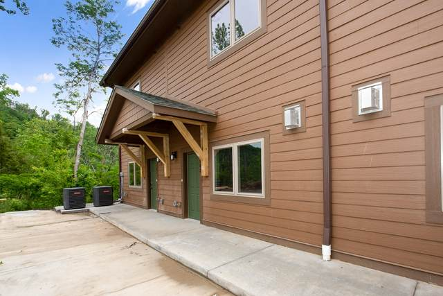 128 Village Drive Unit 104, Gatlinburg, TN 37738 (#1118349) :: The Terrell Team