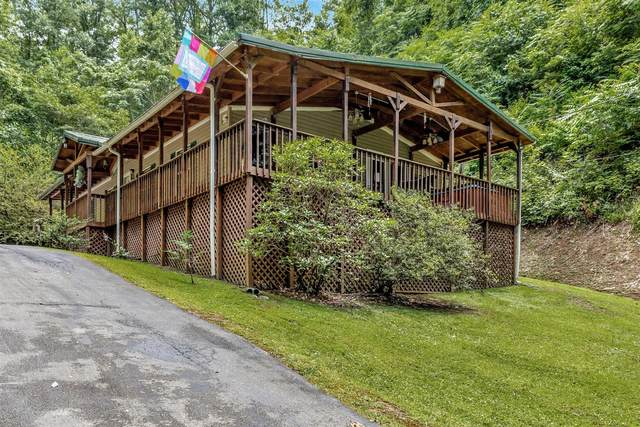 2403 Goldrush Rd, Pigeon Forge, TN 37863 (#1122071) :: The Sands Group