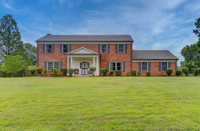 932 Carrington Rd, Knoxville, TN 37909 (#1123047) :: The Sands Group