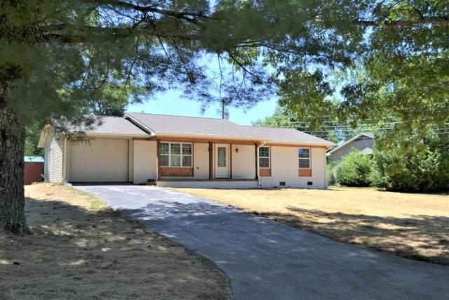 193 Ivanhoe Lane, Crossville, TN 38555 (#1126212) :: Shannon Foster Boline Group