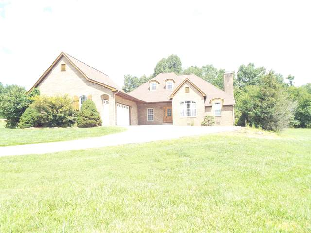 219 N Victor Way, Crossville, TN 38555 (#1126538) :: Shannon Foster Boline Group