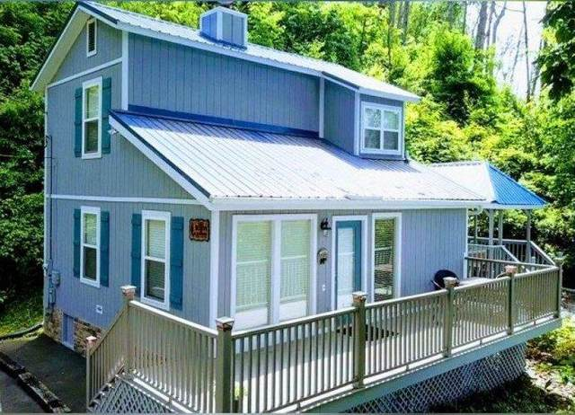 932 Crooked Ridge Rd, Gatlinburg, TN 37738 (#1126912) :: Catrina Foster Group