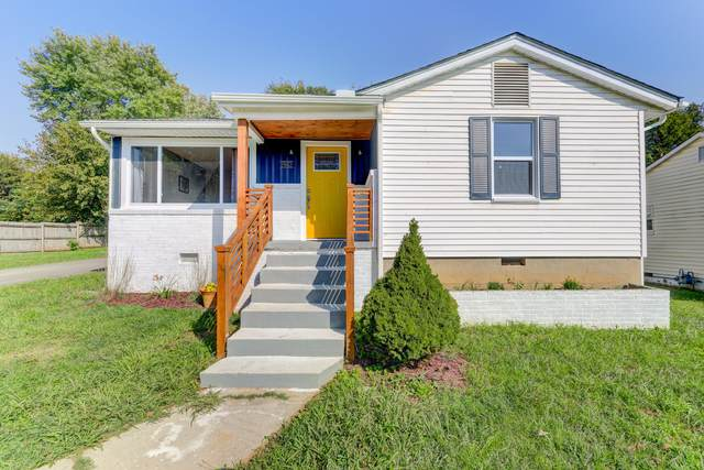 2943 Cecil Ave, Knoxville, TN 37917 (#1129317) :: Catrina Foster Group
