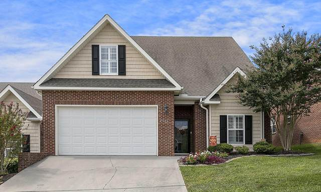 6966 Pemmbrooke Shire Lane, Knoxville, TN 37909 (#1129958) :: Shannon Foster Boline Group