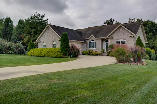 1165 Deer Creek East Drive, Crossville, TN 38571 (#1131491) :: Shannon Foster Boline Group