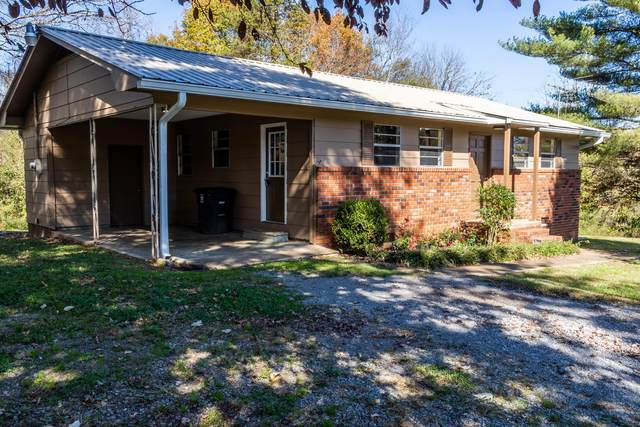 820 Tennal St, Athens, TN 37303 (#1135298) :: Shannon Foster Boline Group
