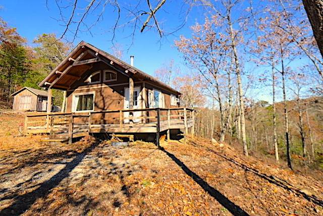 136 Steer Creek Rd, Tellico Plains, TN 37385 (#1136684) :: Billy Houston Group