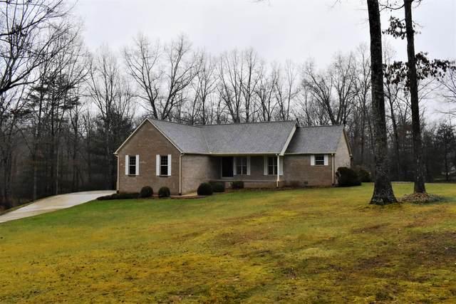 156 Black Oak Lane, Crossville, TN 38555 (#1138468) :: Tennessee Elite Realty