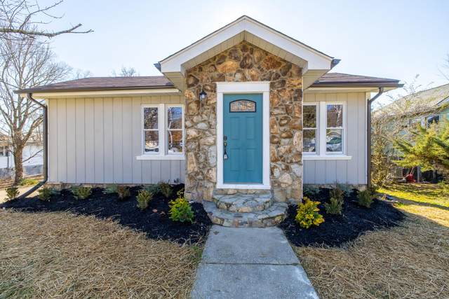 1118 Pembroke Ave, Knoxville, TN 37917 (#1140032) :: The Cook Team