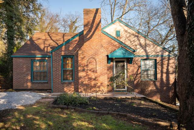 106 Busbee Rd, Knoxville, TN 37920 (#1142865) :: Catrina Foster Group