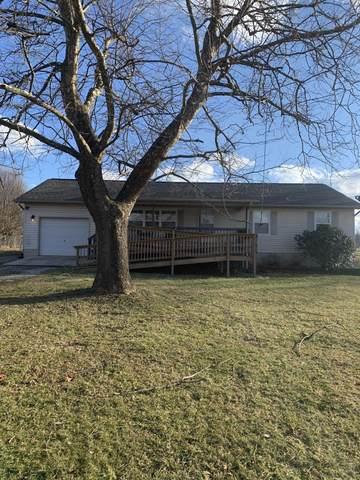 196 Whittenburg Rd, Crossville, TN 38571 (#1143802) :: Billy Houston Group