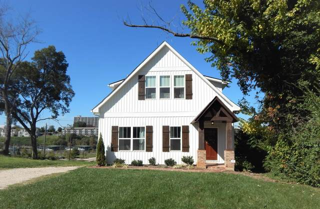 905 Phillips Ave, Knoxville, TN 37920 (#1146797) :: Billy Houston Group