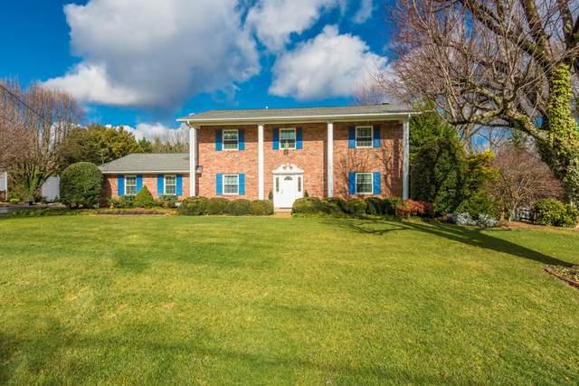 9621 Cotesworth Lane, Knoxville, TN 37922 (#1147133) :: Catrina Foster Group