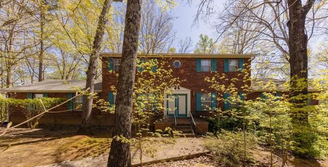 8706 Villa Crest Circle, Knoxville, TN 37923 (#1150023) :: Cindy Kraus Group | Realty Executives Associates