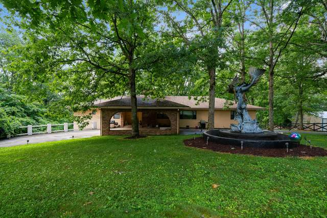 602 John Myers Road Rd, Crossville, TN 38572 (#1150043) :: Billy Houston Group