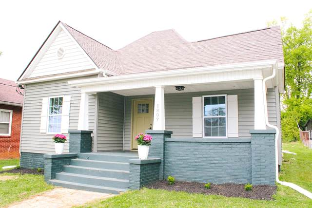 1807 Brown Ave, Knoxville, TN 37917 (#1150361) :: Shannon Foster Boline Group