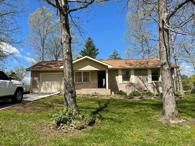 3224 Dunbar Rd, Crossville, TN 38572 (#1151309) :: Catrina Foster Group
